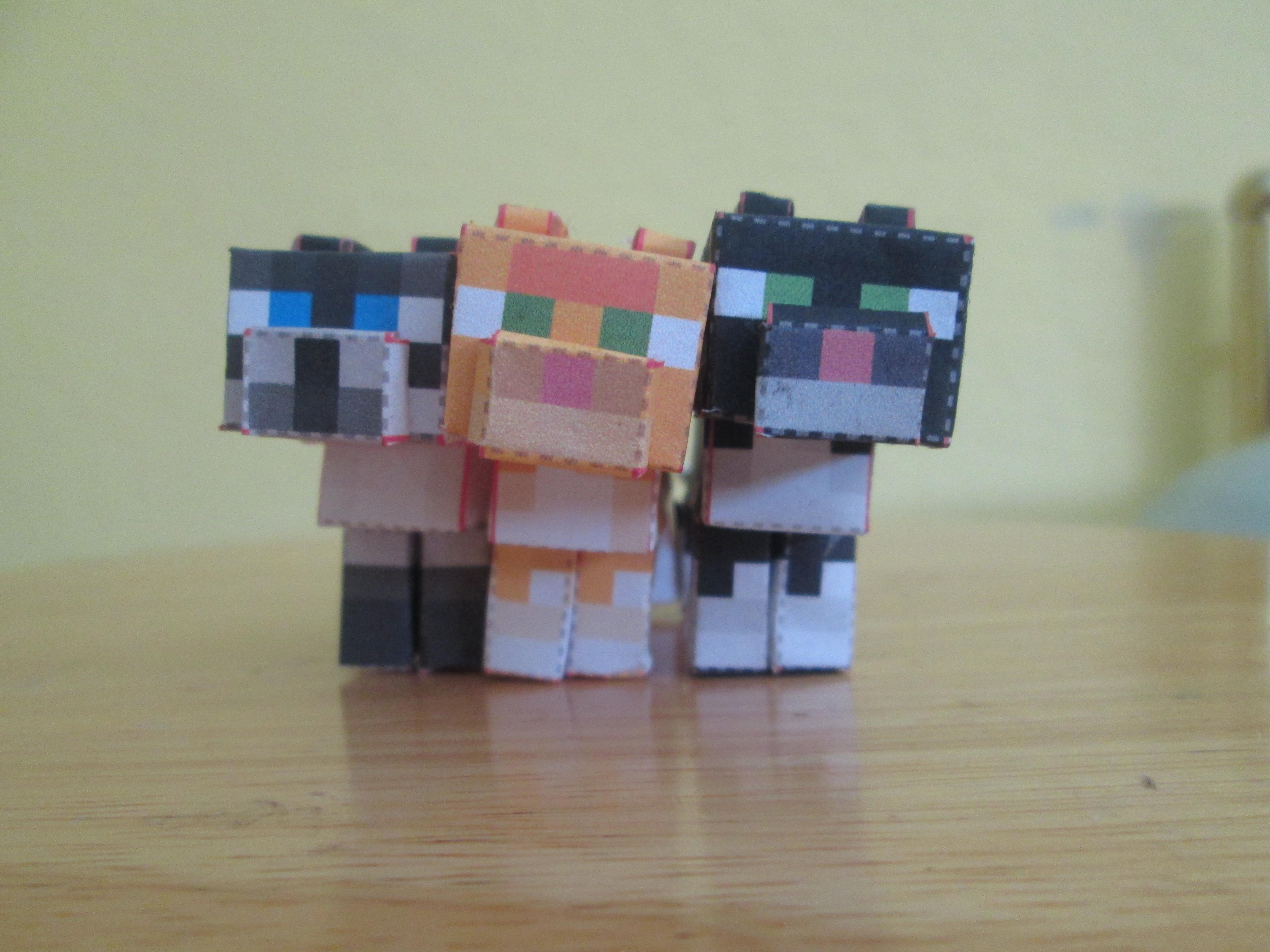 Minecraft Papercraft Cats - DIY