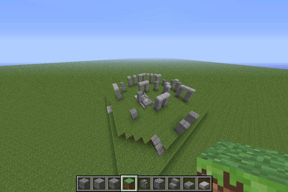 Replica in Minecraft of Stonehenge