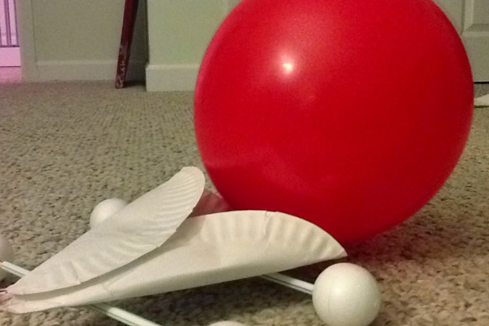 Styrofoam Balloon Car