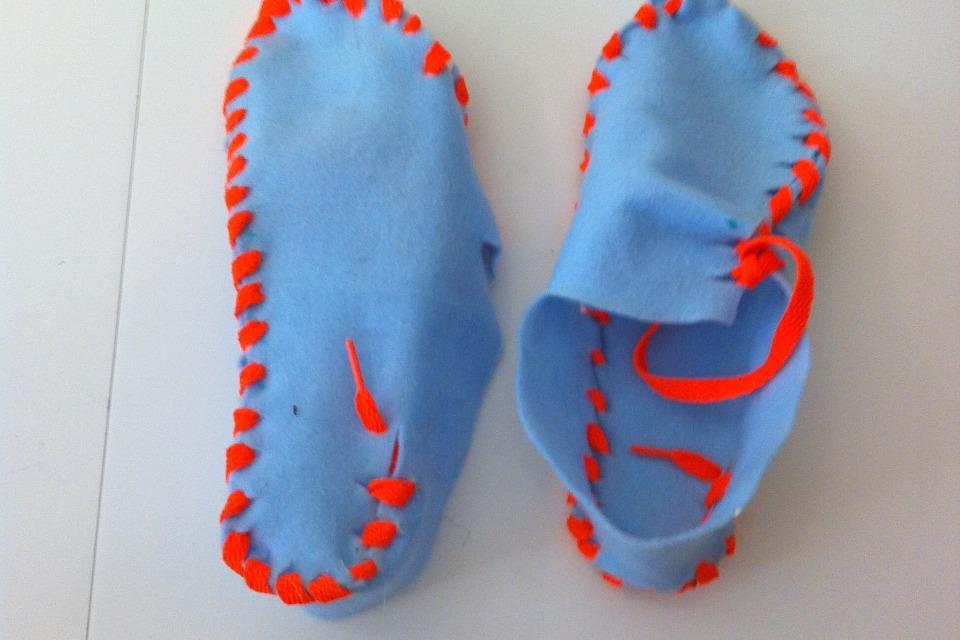 Lasso Shoes Diy